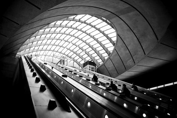 UK, London, Canary Wharf Underground Station, Jubilee Line