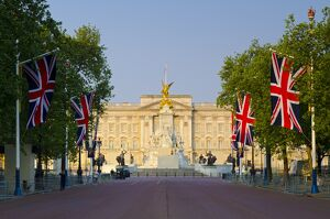 UK, England, London, Buckingham Palace and The Mall decorated for the wedding of