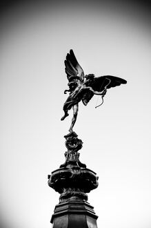 UK, London, Piccadilly Circus, Eros Statue